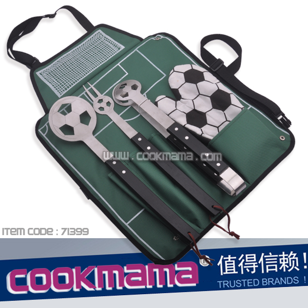 4pcs black wood handle football bbq set with apron